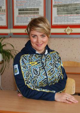 Янченко Ю.В. - спеціаліст вищої категорії, майстер спорту.