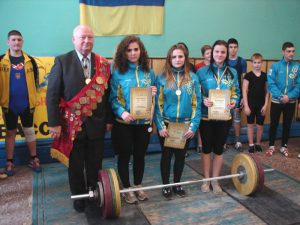 Нагородження - чемпіонат області з важкої атлетики серед юнаків та дівчат 1999 р. н. і молодше.