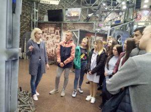 Перегляд експозиції Шляхами Донбасу
